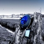 Meet the gadget that recharges the battery of your Smartphone with water