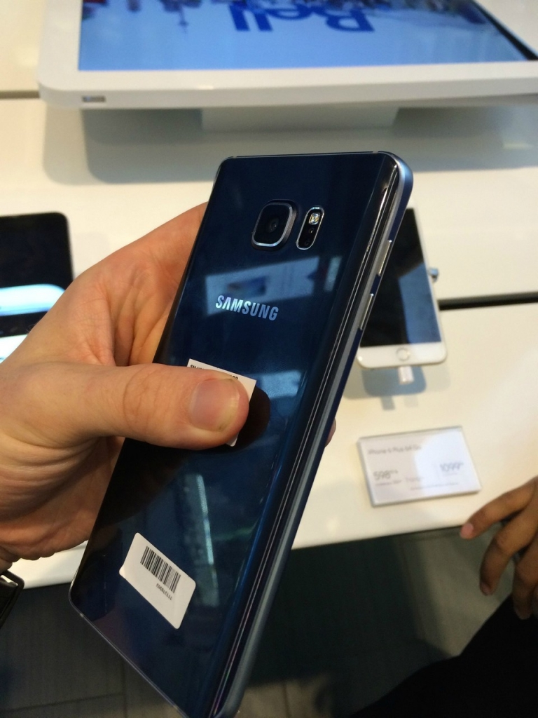 Samsung Galaxy Note 5 back