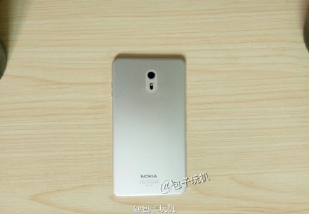 Nokia C1 Android Phone Back