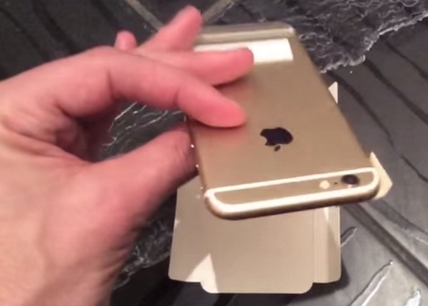 iPhone 5SE Back